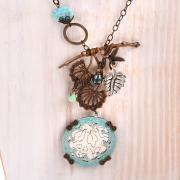 Engraved Flowers Necklace