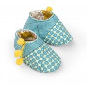 Pom-pom Trim Baby Shoes