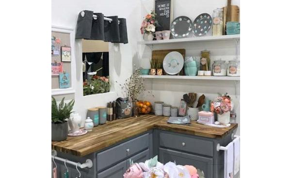 Happiness is Handmade: A Tour of the Sizzix Lifestyle Home at Creativation 2019